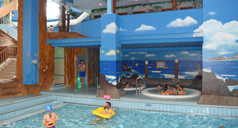 Stoomcabine subtropisch zwembad mosaqua